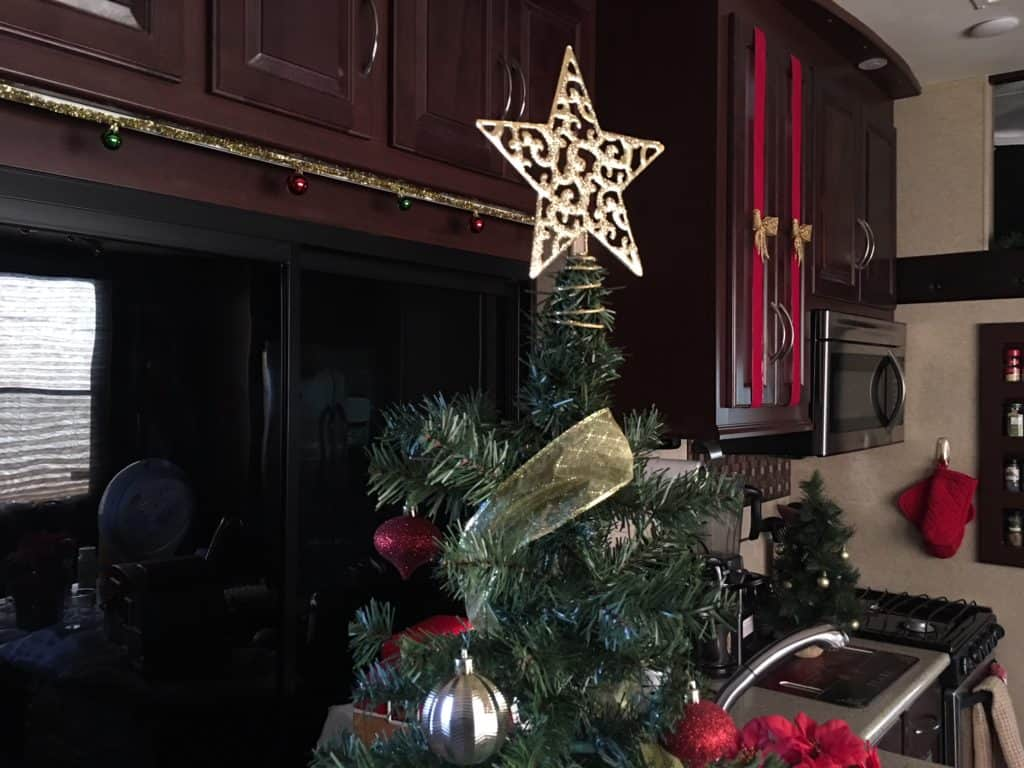 See how I decorate my Fifth Wheel RV for the holidays.