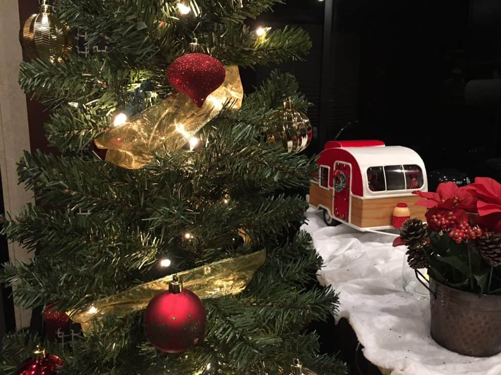 Rv Holiday Tour Decorating Our Small Space For Christmas