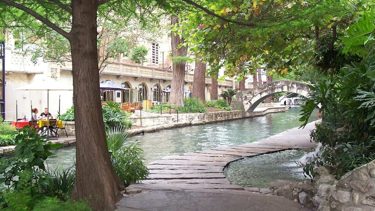 You can't go to San Antonio without visiting the River Walk! It is exactly what it sounds like, a series of walking paths along the San Antonio River with numerous shops and restaurants along the way.
