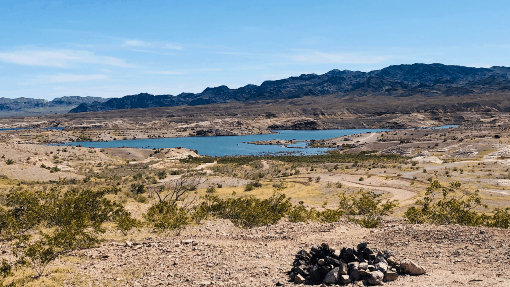 8 Mile Road at Lake Mead National Recreation Area provided the best dry camping locations.