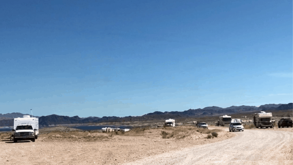 There were a lot of folks boondocking at Lake Mead National Recreation Area in April.