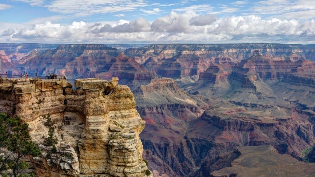 No trip to Arizona would be complete without a visit to the Grand Canyon. There are two campgrounds located within walking distance of the south rim in the national park.