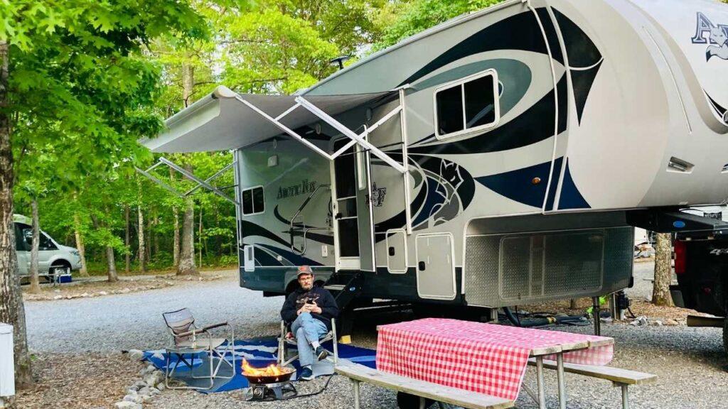 Large RV campsites at the Blue Ridge Parkway KOA