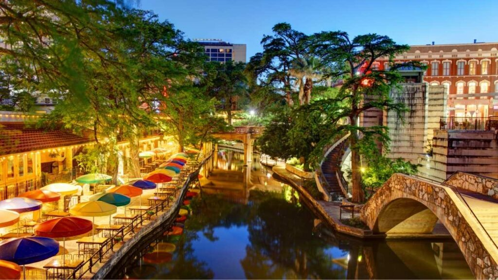A popular stroll in San Antonio is along the city's famed River Walk. A 15-mile urban waterway, the River Walk, or Paseo del Rio, is the largest urban ecosystem in the nation.